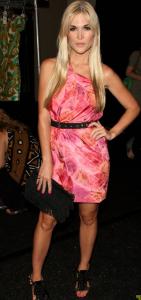 Tinsley_Mortimer_rosa_klänning