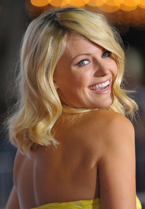 svensk blondin