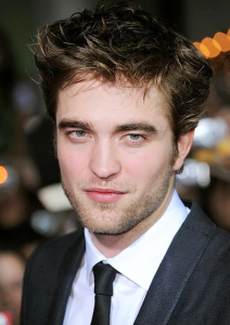مشآركتي robert pattinson Robert-Pattinson-sexy-2009-212x300.png