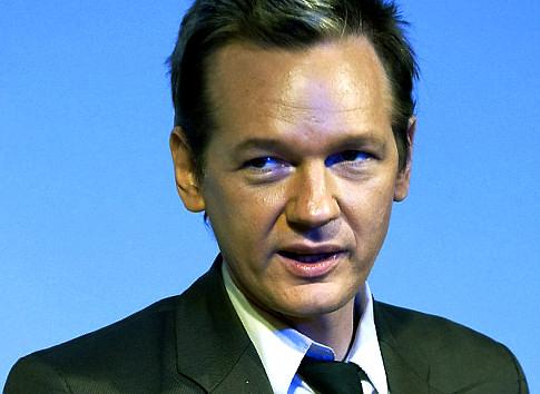 Vem ska spela Julian Assange i filmen om Wikileaks? - julian_assange