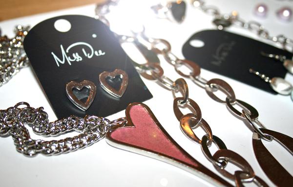 Nya Miss Dee smycken!  4146a95304c62