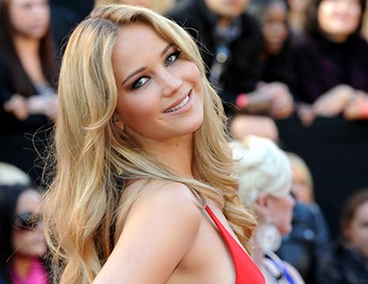 blond svensk skådespelerska