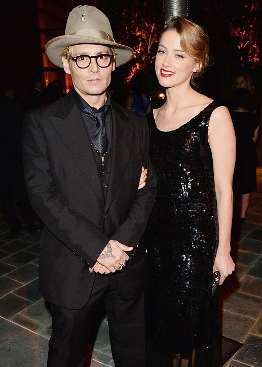 Johnny Depp förlovad med Amber Heard
