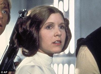 Carrie Fishers dotter Billie Lourd spelar unga prinsessan Leia i nya ... 2f24072ff1309