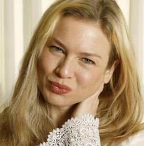 Renee-Zellweger-fore-plastikoperationer