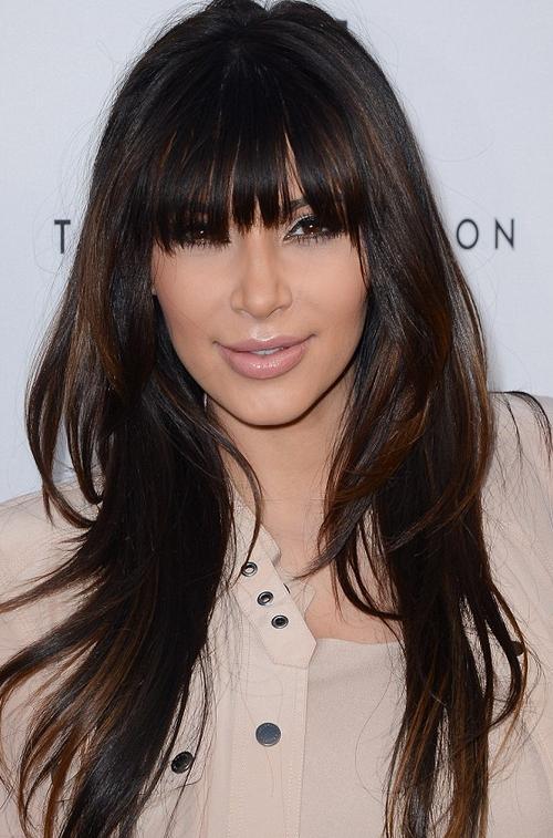 kim-kardashian-frisyr-brunett