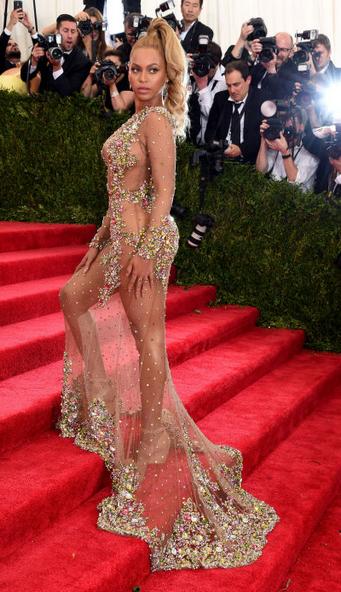 Beyonce-Metgala-Givenchy