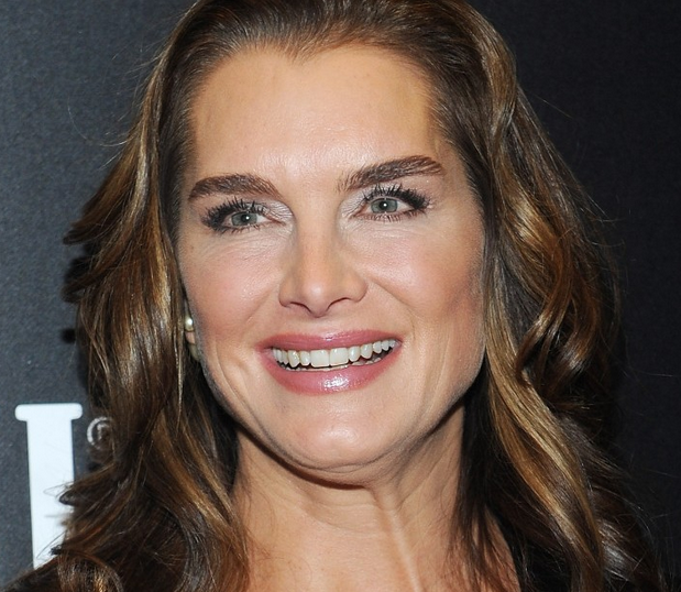 brooke-shields-50-ar