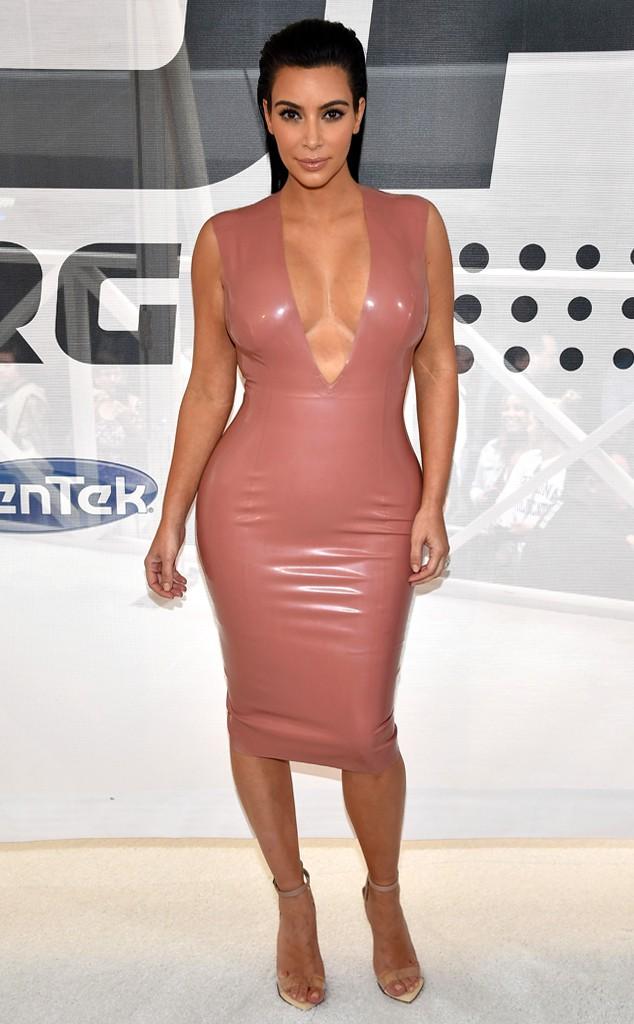 kim-kardashian-surrogatmamma