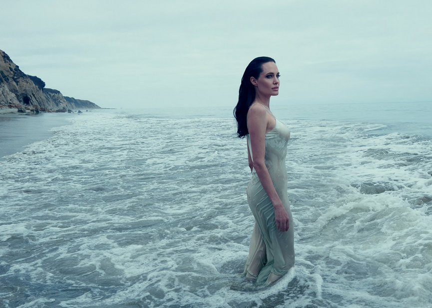 angelina-badar-vogue-2015