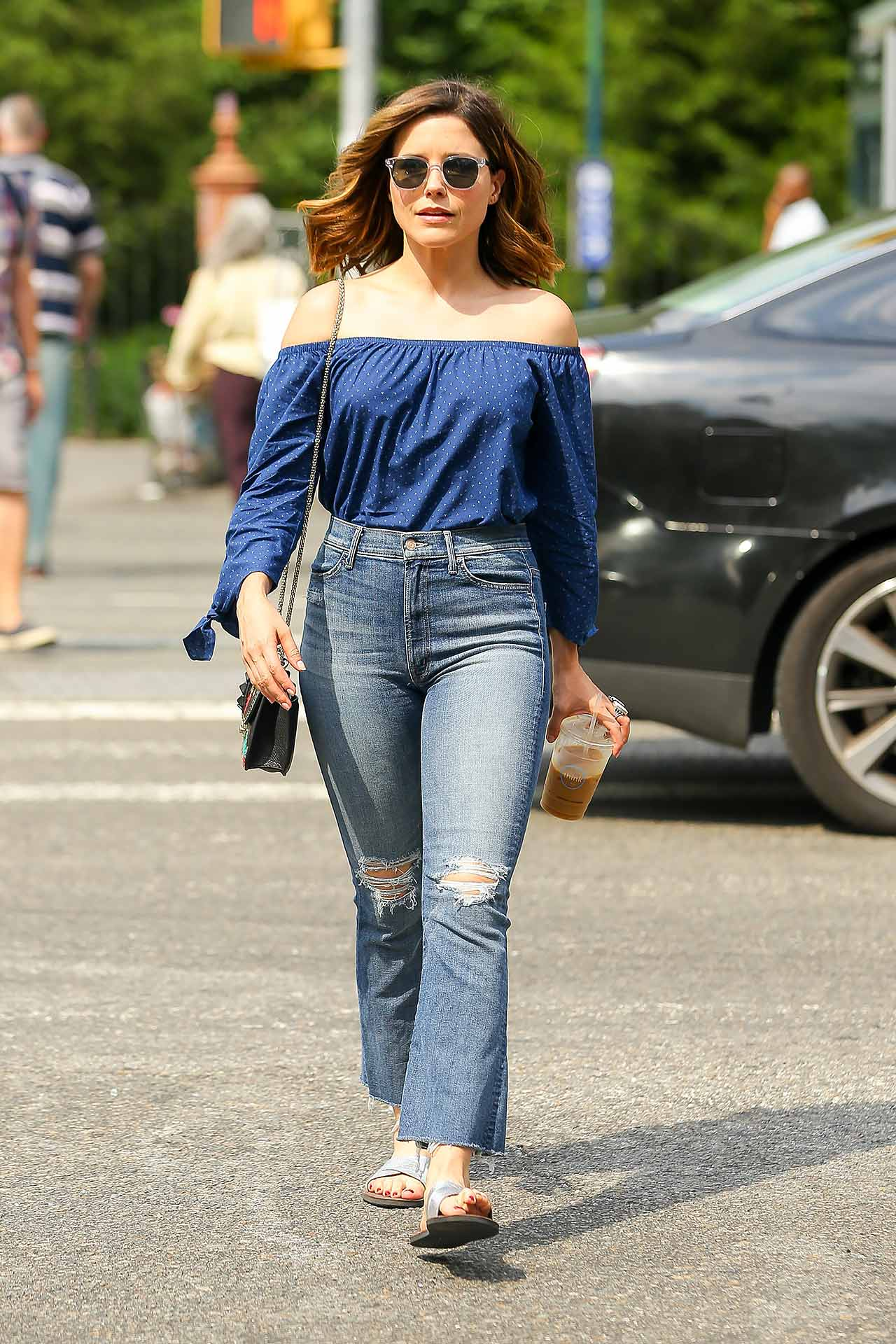 sophia-bush-mother-insider-crop-flare-jeans