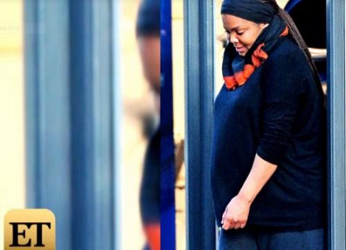 janet-gravid-september