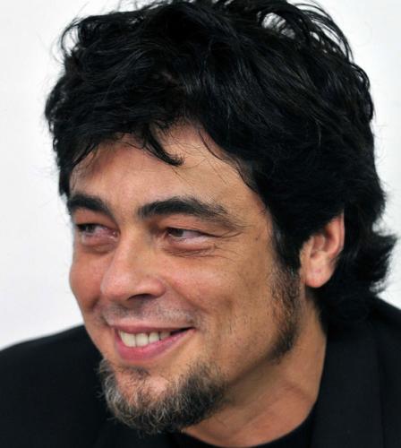 Benicio-Del-Toro-50
