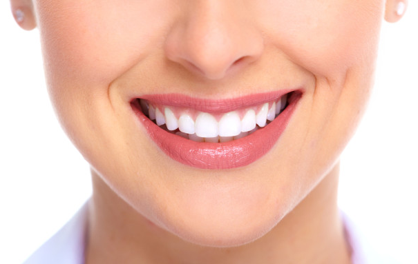 huskur vita tänder