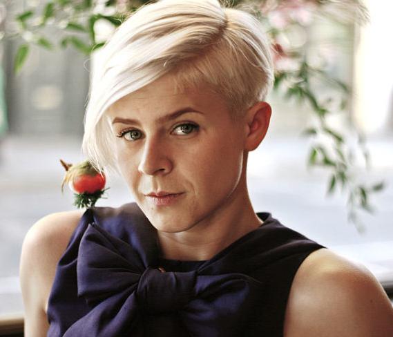 8f68502a154f En av Sveriges största musikexporter Robyn fyller 40 år idag den 12 juni!  Jag trodde faktiskt hon var mycket yngre… kanske för att jag var hela 20 år  när ...